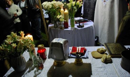 Altarul la Slujba Invierii