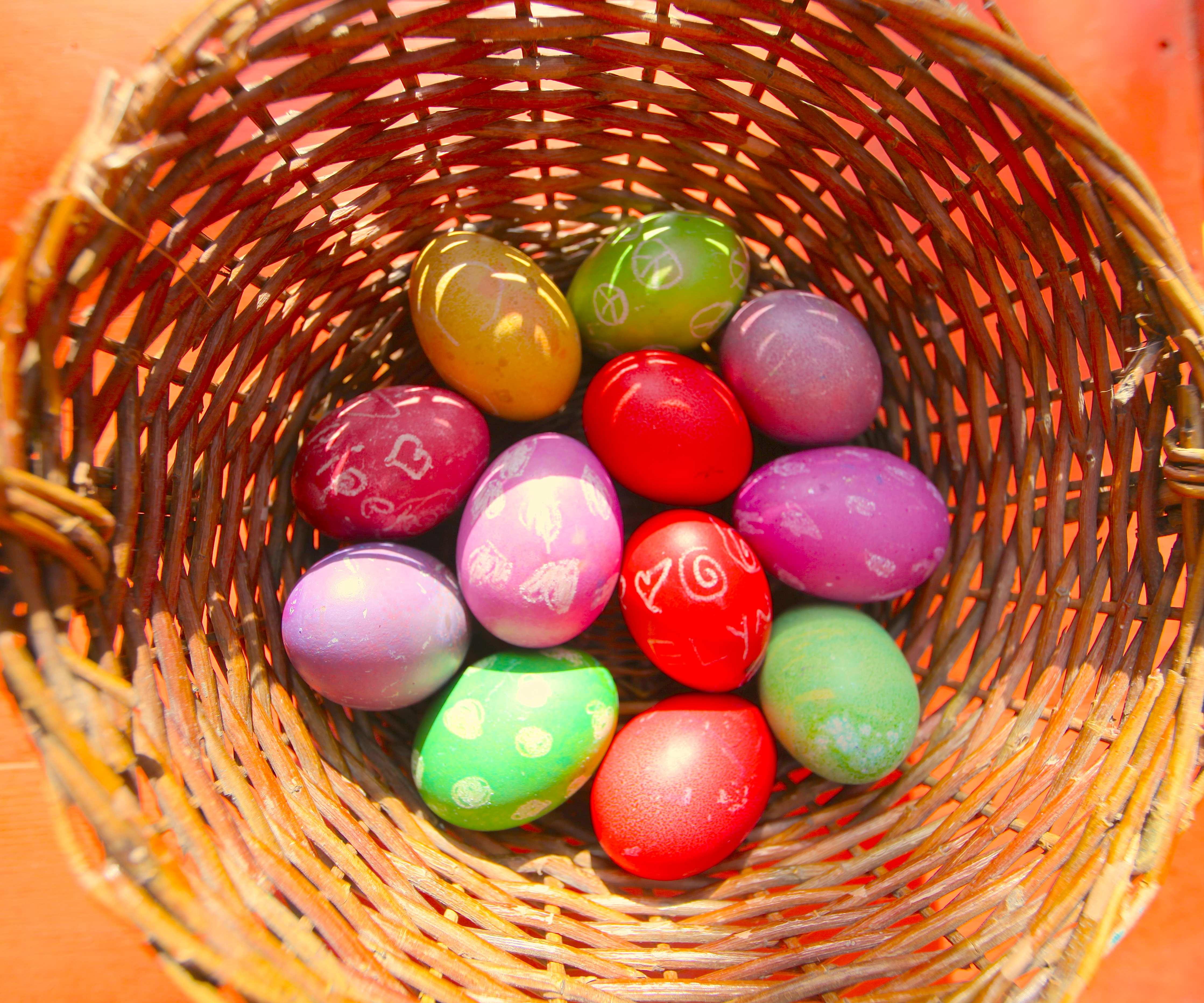 10 ToxicFree Home Made Easter Egg Ideas  Trash Backwards