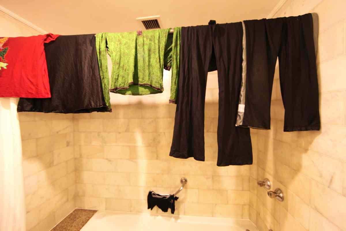 How To Do Bathtub Laundry Trash Backwards Blog