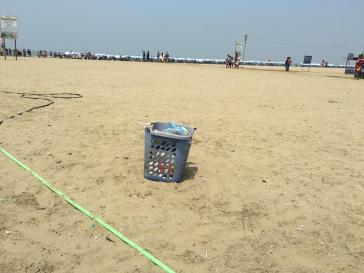 Beach Trash Cans (4)