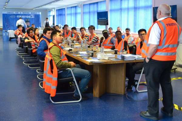 Electrical Engineer Students Learn Tratos