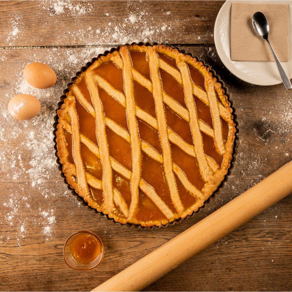 Crostata à la confiture d'abricot bio et faite maison