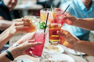 Organiser une soirée à la sauce écolo : comment s'amuser sans polluer ?
