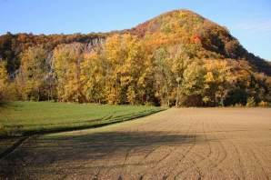 Il calanco in val Chiarone, da qui partono i sentieri per Rocca d'Olgisio