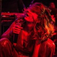 Letícia 'Letrux' canta Madonna