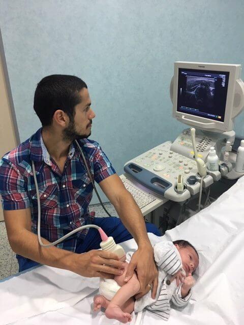Ecografía de cadera Las Palmas Dr. Héctor Almeida Merino