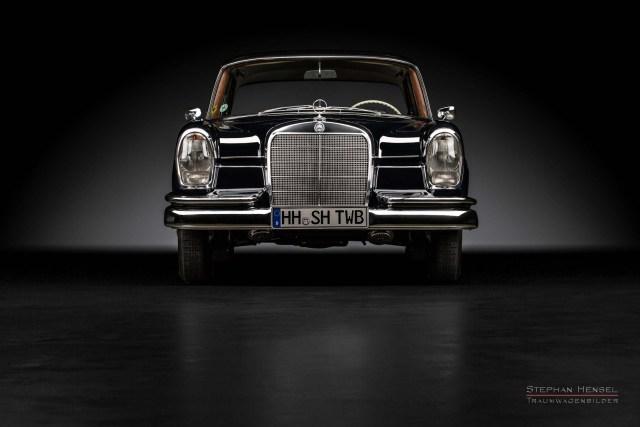 Mercedes-Benz 230 S, Frontalansicht, Autofotografie: Stephan Hensel, Hamburg, Oldtimerfotograf, Oldtimerfotografie