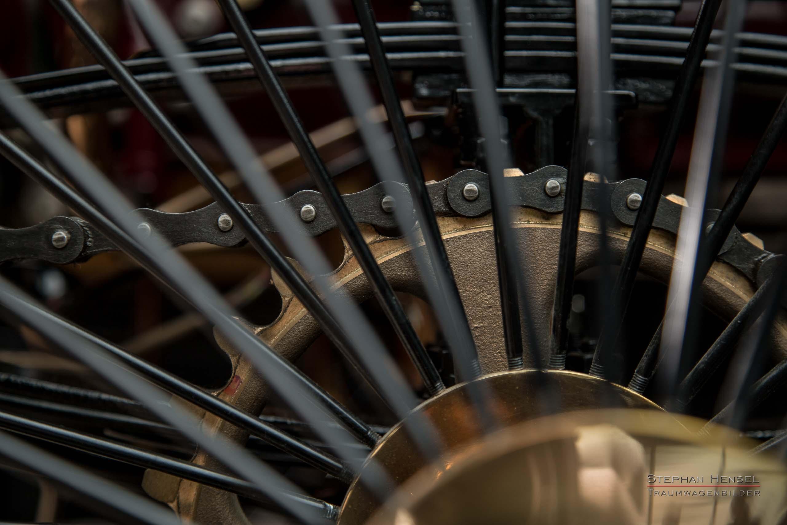 Benz Patent-Motorwagen Nr.1, Das erste Automobil, Detailansicht Kettenantrieb, Oldtimerfotografie: Stephan Hensel, Hamburg, Oldtimerfotograf, Oldtimer, Oldtimerfotografie