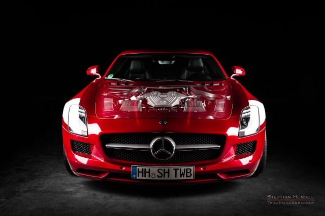 Mercedes-Benz AMG SLS, 2011, Studioaufnahme, Frontansicht, Gläserne Motorhaube, Autofotografie: Stephan Hensel, Hamburg, Oldtimerfotograf, Autofotograf, Automobilfotograf