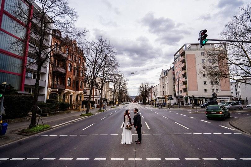 First Look bei Bekräftigungszeremonie BEZZI mit freie Trauung bei Hochzeit mit Traurednerin Trautante Friederike Delong von Hochzeitsfotograf Steven Herrschaft