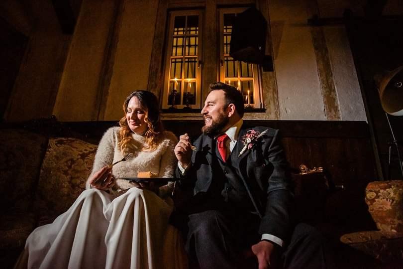 Käsekuchen bei Bekräftigungszeremonie BEZZI mit freie Trauung bei Hochzeit mit Traurednerin Trautante Friederike Delong von Hochzeitsfotograf Steven Herrschaft