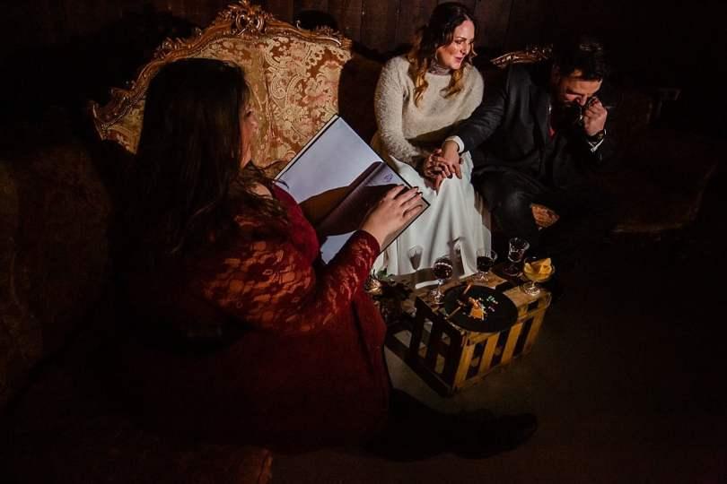 Traurede bei Bekräftigungszeremonie BEZZI mit freie Trauung bei Hochzeit mit Traurednerin Trautante Friederike Delong von Hochzeitsfotograf Steven Herrschaft
