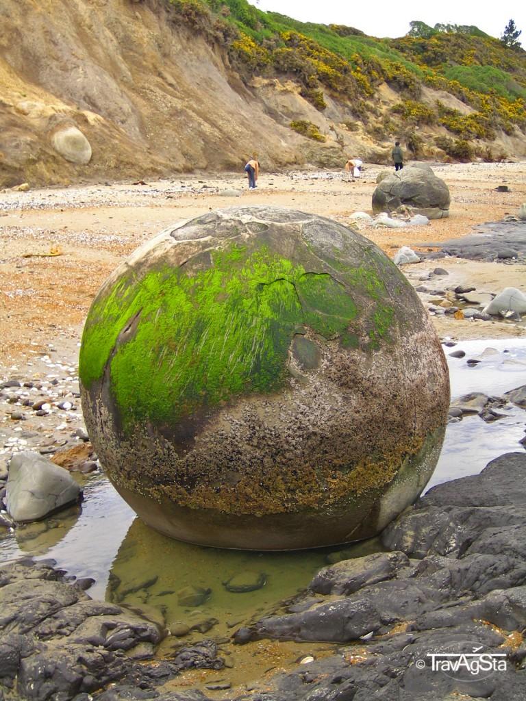 Moeraki Boulders - New Zealand