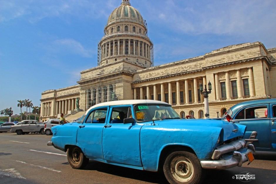 Vintage car in front of the Capitol in Havana, Cuba