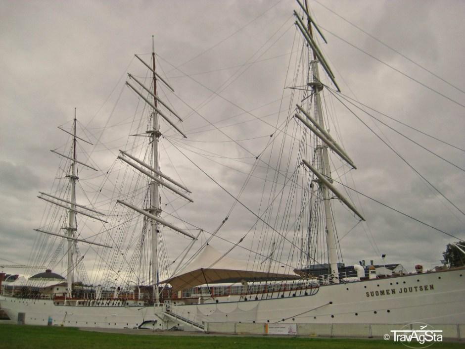 Segelschiff im Hafen von Turku