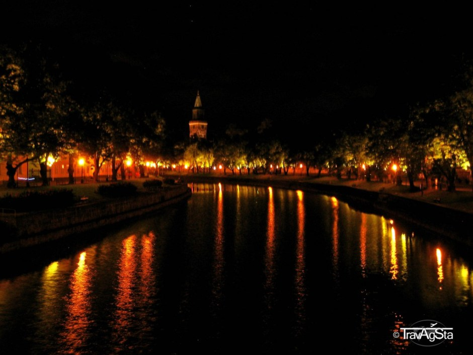 Turku bei Nacht
