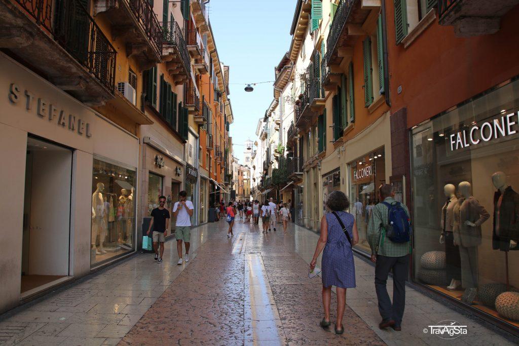 Via Giuseppe Mazzini, Verona, Italy