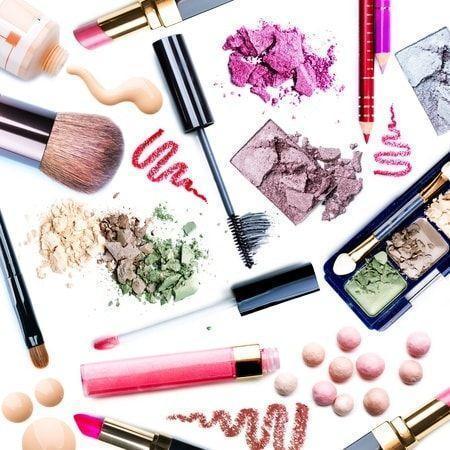 Vendez des produits de beauté et gagnez de l'argent en plus