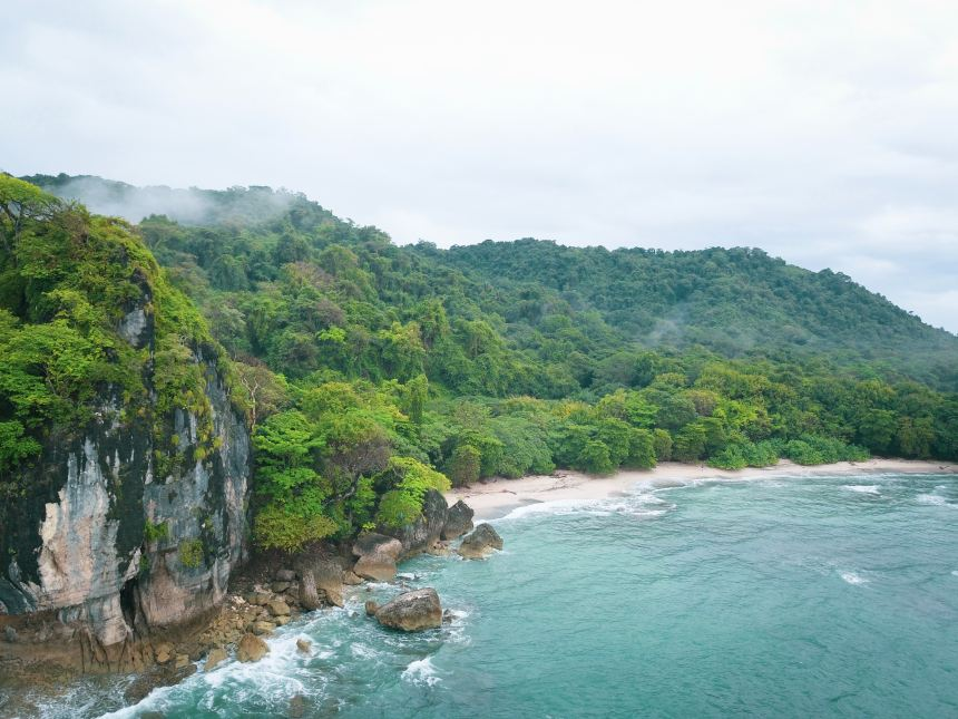 Best time to visit Costa Rica beach