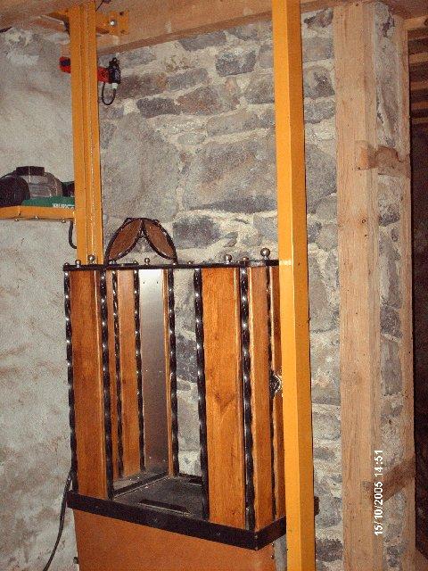 Monte Charge Electriques Domestiques Installer Ou En Kit Bois De Chauffage Buches Ou Marchandises