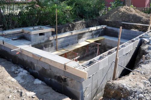 comment construire un bassin en beton explications