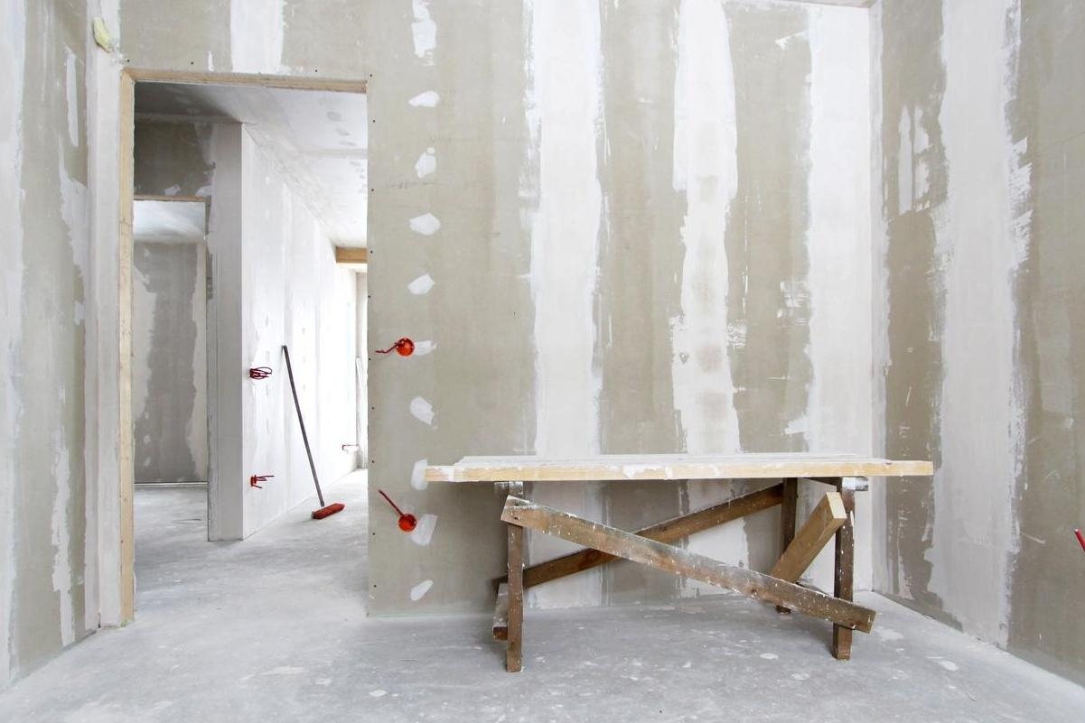 couper rail placo bricolage de l id e la r alisation un caisson. Black Bedroom Furniture Sets. Home Design Ideas