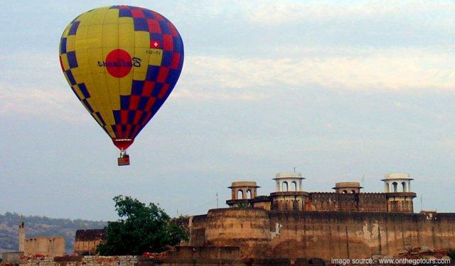 Hot air ballon at Jaipur