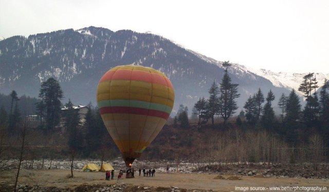 Hot air ballon at Manali
