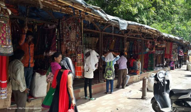 10 Most Colourful Bazaars in India : Law Gerden Ahmedabad