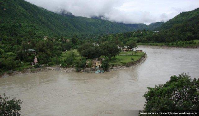 Tourist Places Near Shimla : Tattapani