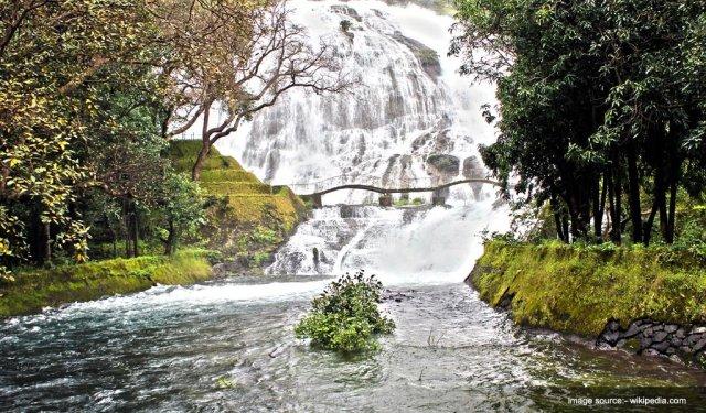 Famous Waterfalls In India : Umbrella Waterfall