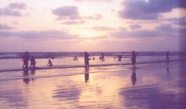 Maharashtra Trip :Unwind at Nagaon Beach