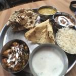 【インド旅行記・India Travel】インド料理屋でターリー(Thaali)、Panner(パニール)入りのカレー等を食す【食レポ?】
