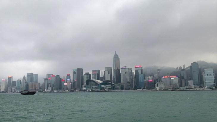 【春休み海外旅行11日間④】香港らしい景色を満喫できるチムサーチョイ のプロムナードは絶対行くべき!!船に乗ってセントラルも行きました!!
