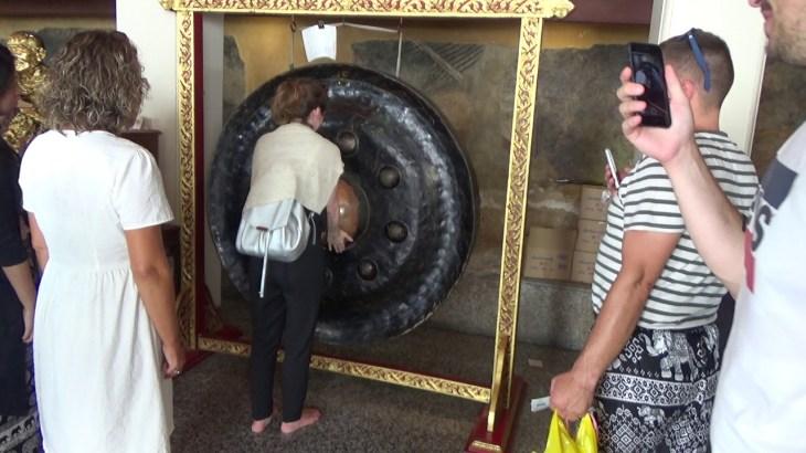 タイ・ラオス1週間一人旅2019夏⑤ワットポーの不思議な銅鑼