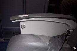 Eurowings Sitzplatz Reihe 1 CRJ-900 Armlehnen