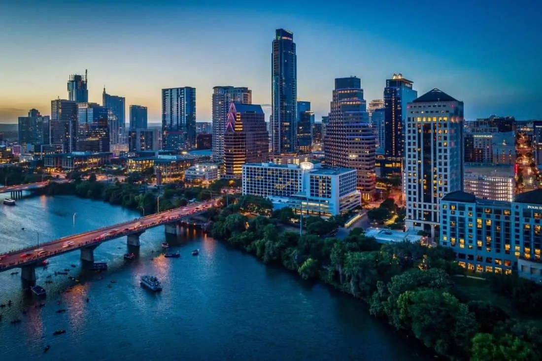 Austin Texas for €338 nonstop With KLM From Amsterdam (€ ...