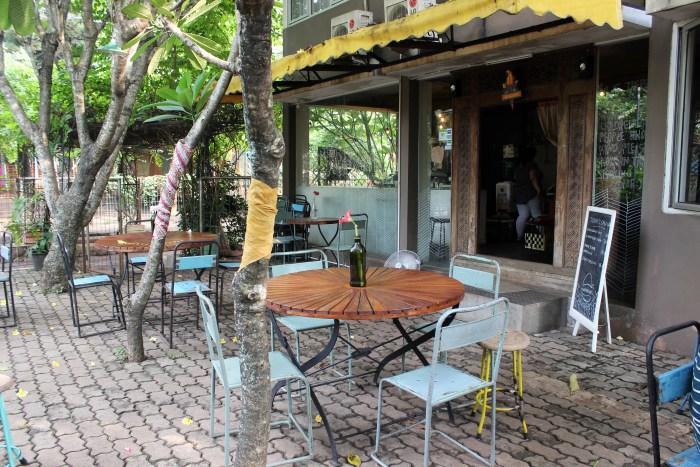 Burgreens restaurant, Jakarta, Indonesia