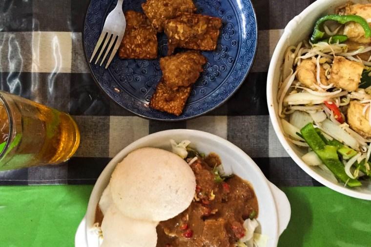 5 Amazing Vegetarian-Friendly Restaurants in Phnom Penh - Travel Lush