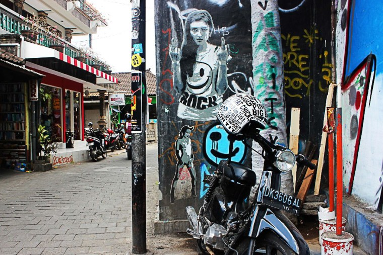 Bali Street Art: Quint Brings Love and Beauty to the Streets of Bali - Travel Lush