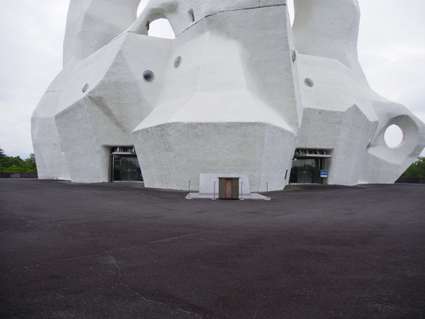PLの塔の入口