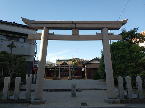 軽羽迦神社の鳥居