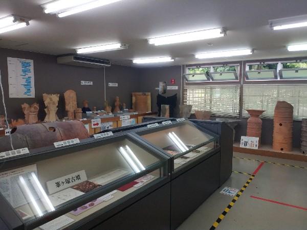 羽曳野市文化財展示室の室内