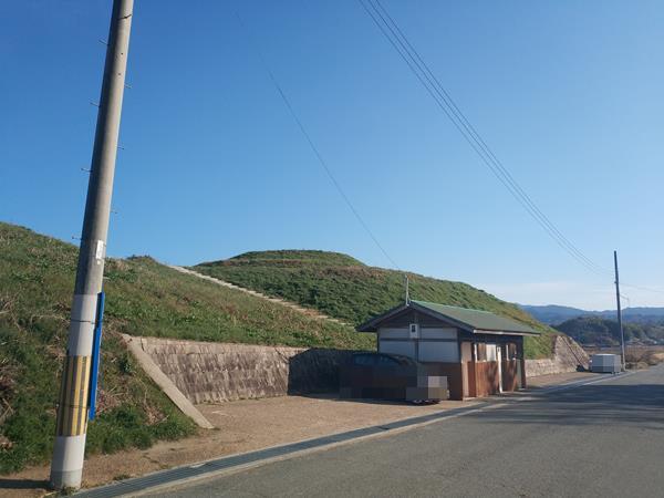 寛弘寺古墳群の全景