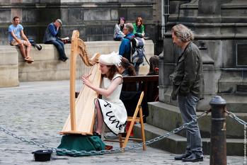 Уличные музыканты в Эдинбурге