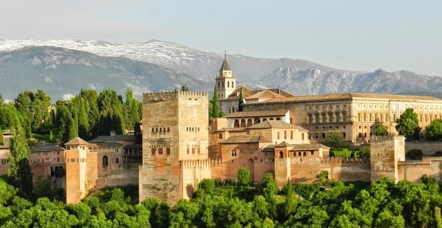 Дворец Альгамбра, Гранада, Испания