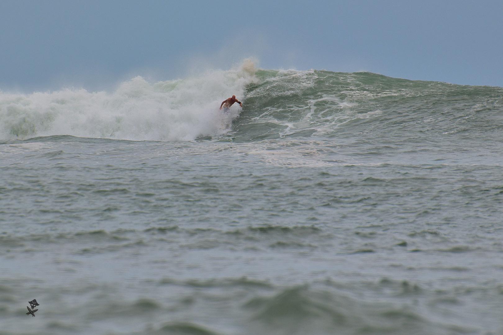 wietnam surfing
