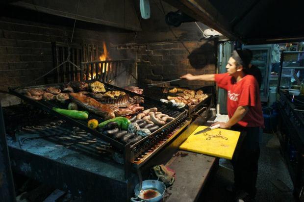 Parilla at the Mercado del Puerto