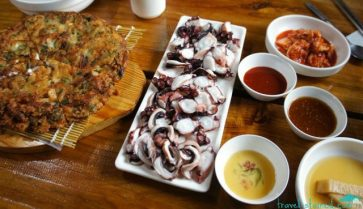 The freshest octopus and seafood pancake
