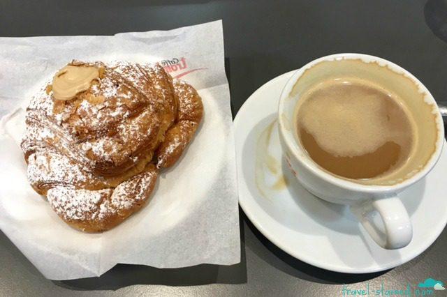 Cappuccino and cornetto filled with nocciolo (hazelnut cream)